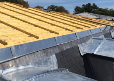 Raccord toiture en zinc