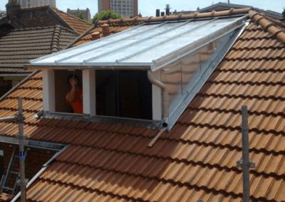 Revêtement toiture fenêtre en zinc