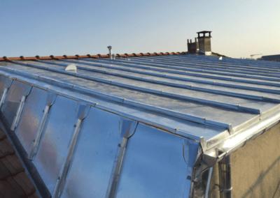Terrasson en zinc en détail