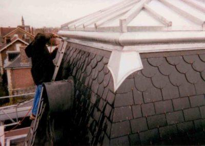 Décoration haut de toiture en zinc